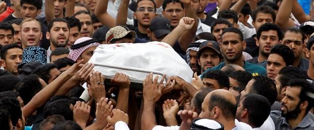 Bahreyn'de iki protestocu işkencede öldü