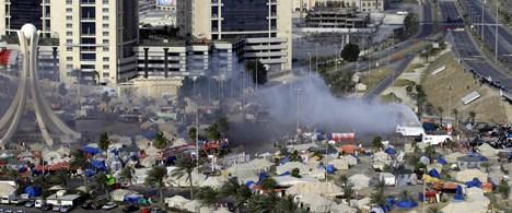Bahreyn'de kanlı eylemler: 5 ölü