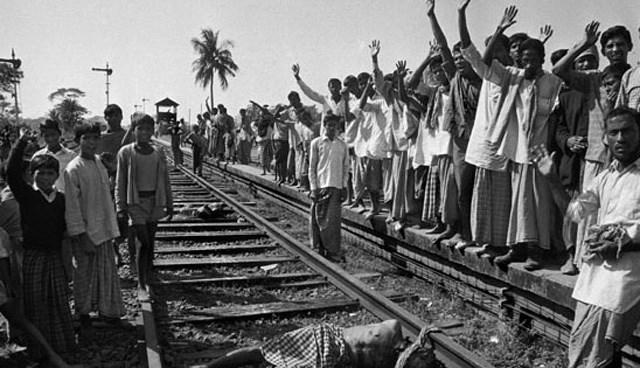 Bangladeş'teki bağımsızlık savaşında 3 milyondan fazla insanın öldürüldüğü belirtiliyor.