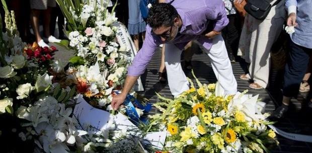 Barselona'da terör saldırısının yıldönümünde anma