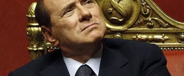 Berlusconi: Beni kimse durduramaz