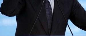 Berlusconi yolsuzlukla suçlanıyor