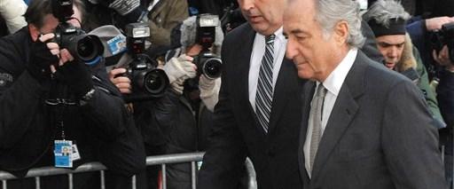Bernard Madoff suçlamaları kabul etti