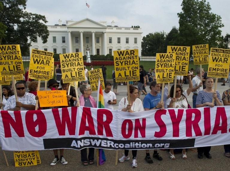 Beyaz Saray önünde Suriye protestosu