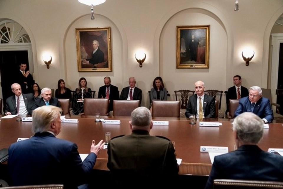 beyaz saray toplantı ile ilgili görsel sonucu