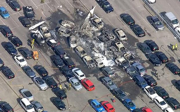 Bin Ladinler'in uçağı araba pazarına düştü