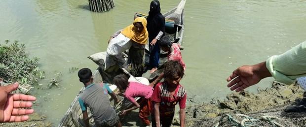 myanmar bangladeş arakan müslüman110917.jpg