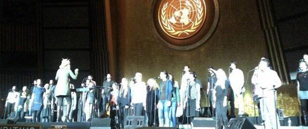 BM'de 'marş' skandalı