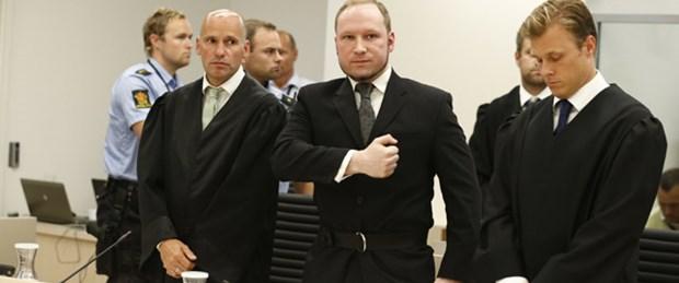 Breivik'in 7 bin e-postası kitap oldu