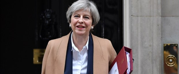 theresa may ingiltere290317.jpg