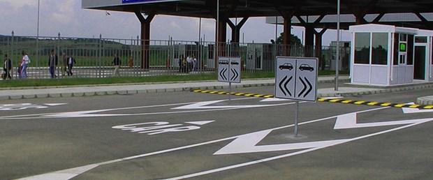 sınır-kapısı.jpg