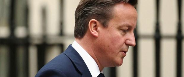 Cameron 'Guardian' baskısı altında