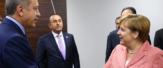 nato-zirve-erdogan-merkel-cameron.jpg