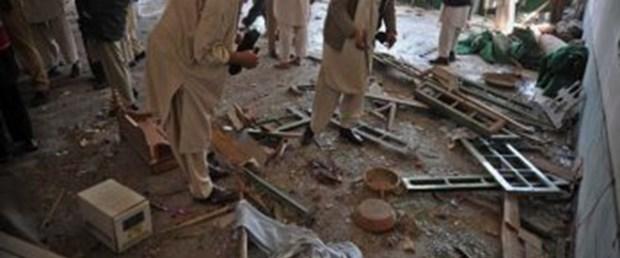 Camiye intihar saldırısı: 4 ölü