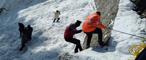 avalanche-ndtv_650x400_41515219188.jpg