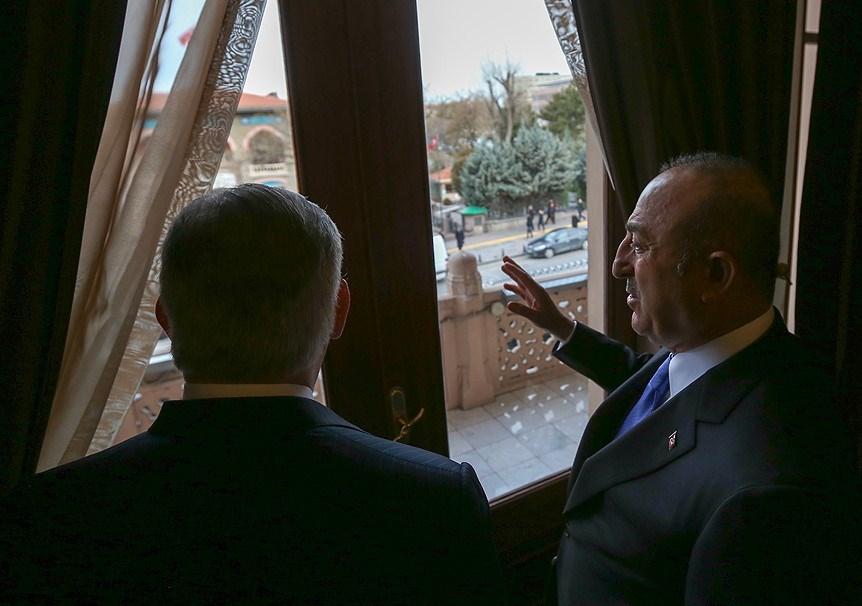 Dışişleri Bakanı Mevlüt Çavuşoğlu, Ankara Palas'ın tarihi hakkında ABD Dışişleri Bakanı Rex Tillerson'a bilgi verdi.