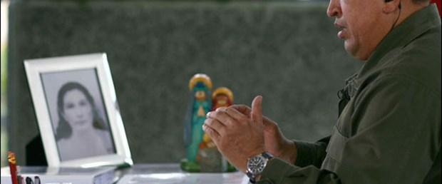 Chavez AVM'nin büyüklüğüne isyan etti