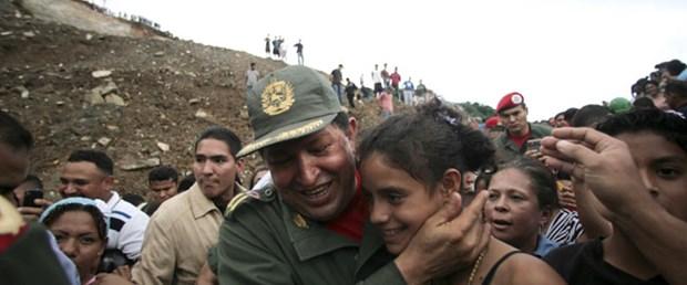 Chavez: Sel ve heyelanın nedeni kapitalizm!