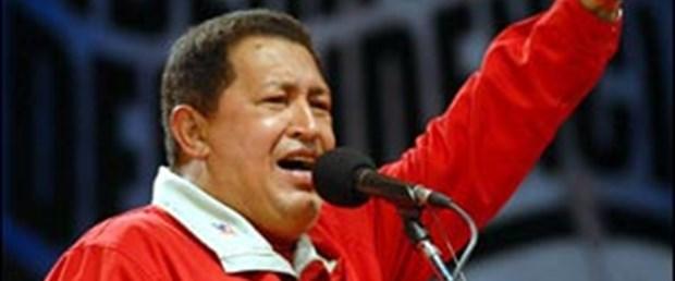 Chavez'den Kaddafi ve Esad'a destek