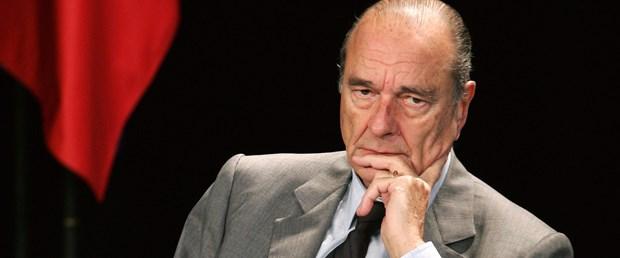 Chirac yolsuzluktan yargılanıyor