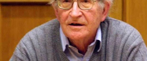 Chomsky: Bilgiler filtrelendi, çarpıtıldı