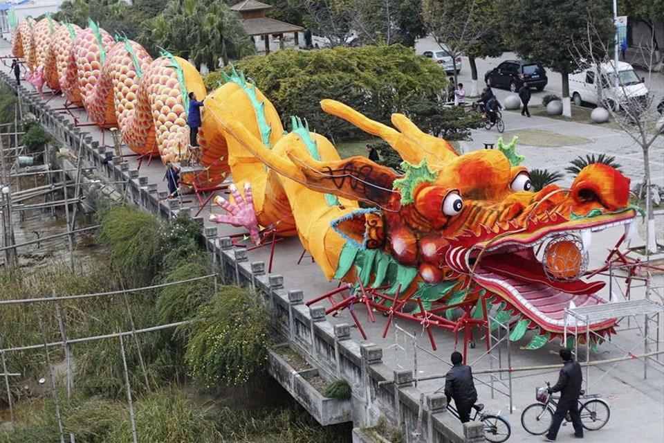 Çin Ejderha Yılı'na giriyor