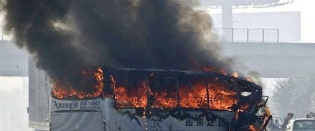 çin otobüs yangını.jpg