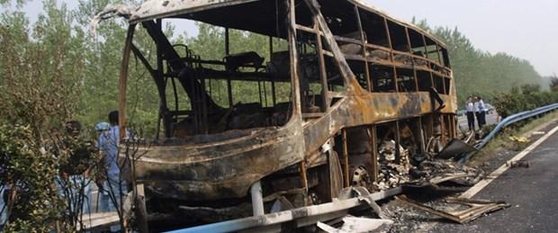 Çin'de otobüs yandı: 41 ölü
