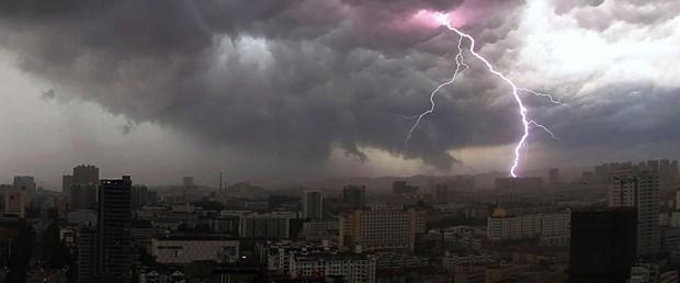 Çin'de yağışlar can aldı