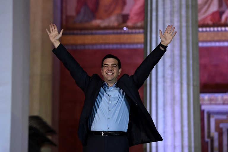 Radikal sol parti SYRIZA koalisyon için sağ parti ANEL'le anlaştı
