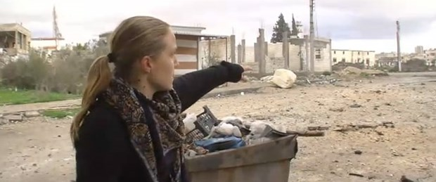 CNN yasak şehir Humus'a girdi