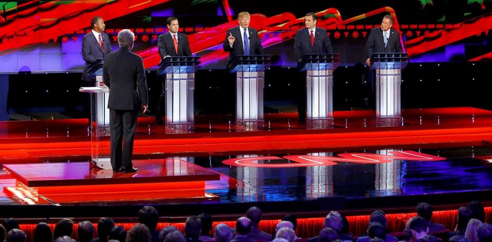 """""""Süper Salı"""" öncesi 4 eyaletin 3'ünde ön seçimleri kazanan Trump, Teksas senatörü Ted Cruz ve Florida senatörü Mario Rubio tarafından çapraz sorguya alındı."""