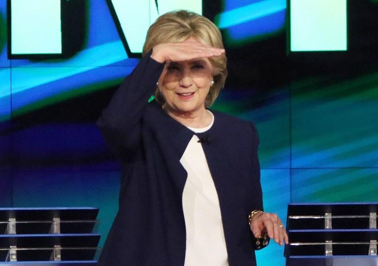 Düellonun galibi Clinton oldu
