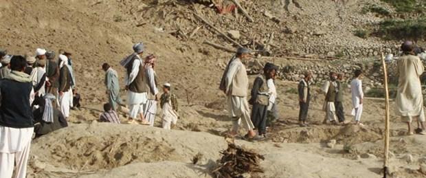 Deprem bir köyü yok etti