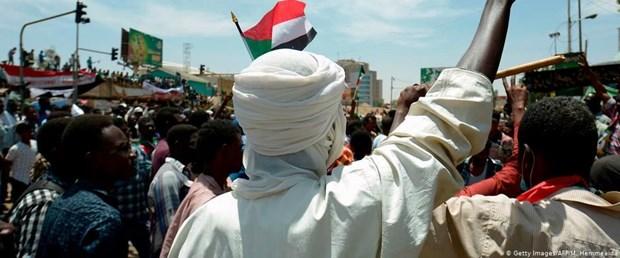 sudan askeri konsey muhalefet150419.jpg