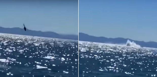 Helikopter denize çakıldı (O anlar kamerada)