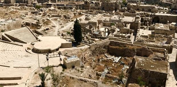 Enkazın arasında yaşam Halep'te yeniden inşa çalışmaları