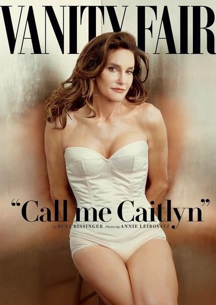 Altın madalya sahibi atlet Bruce Jenner 2015 yılında cinsiyet değiştirerek Caitlyn adını aldı. Carter, Jenner'ı Vanity Fair'in kapağına taşıdı.