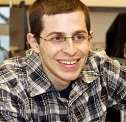 Yaklaşık bir yıl önce serbest bırakılan Gilat Şalit.