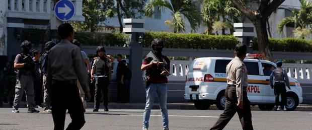 endonezya bombalı saldırı