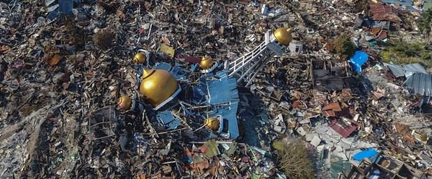 endonezya deprem tsunami