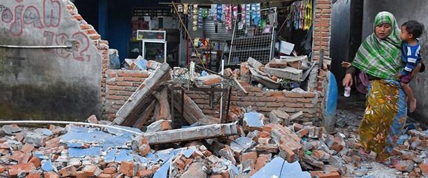 180806-endonezya-deprem2.jpg