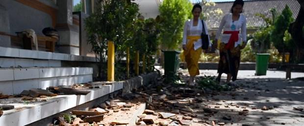 endonezya deprem170719.jpg