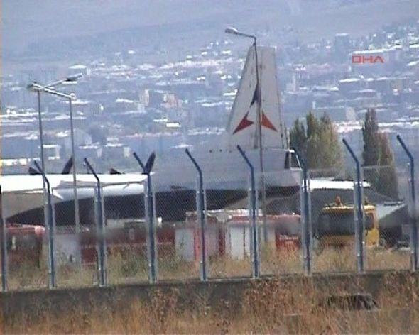 Ermenistan uçağında arama