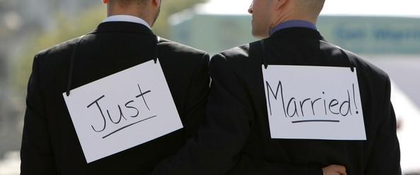 Eşcinseller evlilik kuyruğunda