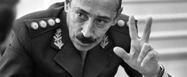 Eski diktatöre müebbet