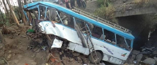 etiyopya otobüs kaza130318.jpg