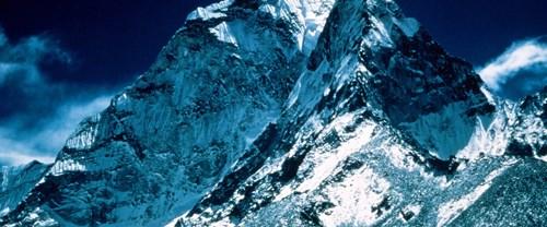 Everest'in 'boyu' yeniden ölçülüyor