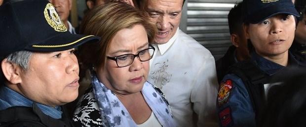 filipinler rüşvet iddia senatör240217.jpg