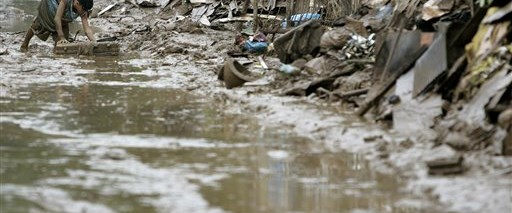 Filipinler'de sel felaketi: En az 160 ölü